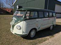 VW T1 met zoeklicht 1960 rdw gekeurd