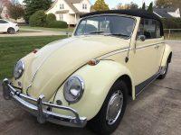 kever cabrio 1966 Yukon Yellow komt nog binnen