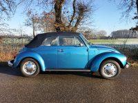 Volkswagen Kever Cabrio 1303 blau metallic